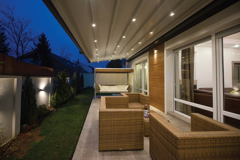 Skycover Canopy Straight Profile Overhang Retractable